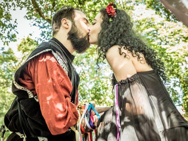 Le mariage de Josh et Laure à Marcilly-d'Azergues, Rhône 16