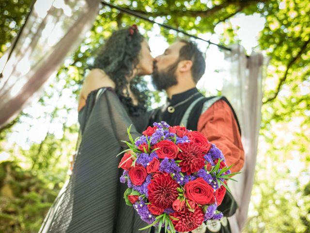 Le mariage de Josh et Laure à Marcilly-d'Azergues, Rhône 17