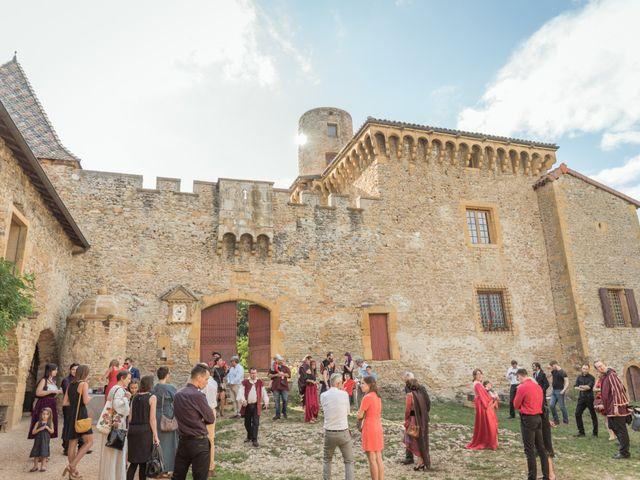 Le mariage de Josh et Laure à Marcilly-d'Azergues, Rhône 20