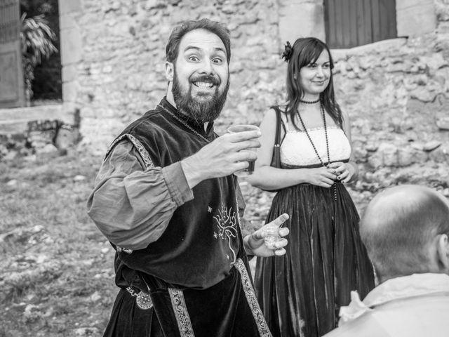 Le mariage de Josh et Laure à Marcilly-d'Azergues, Rhône 25