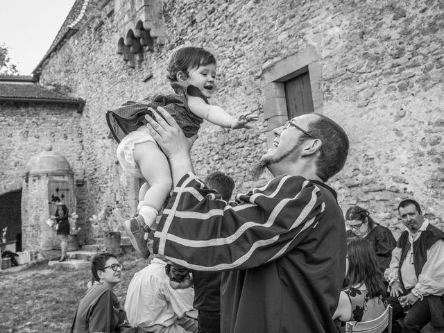 Le mariage de Josh et Laure à Marcilly-d'Azergues, Rhône 26
