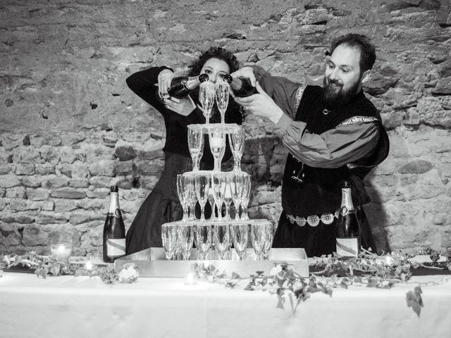 Le mariage de Josh et Laure à Marcilly-d'Azergues, Rhône 42