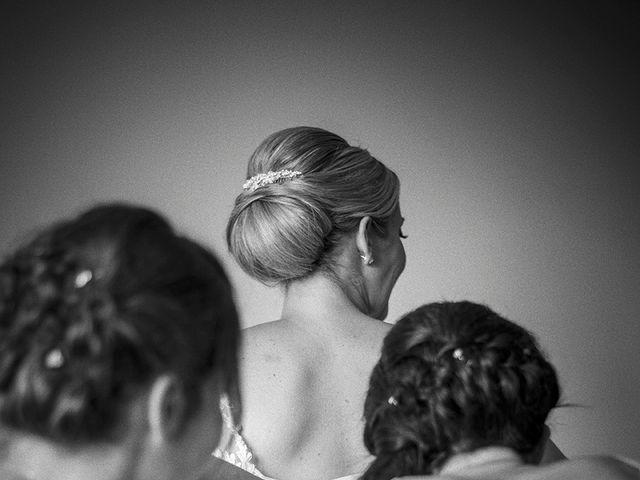 Le mariage de Thomas et Marion à Milhaud, Gard 12