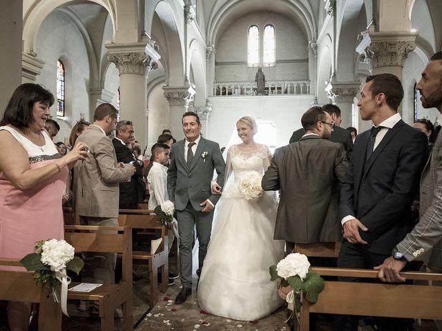 Le mariage de Thomas et Marion à Milhaud, Gard 35