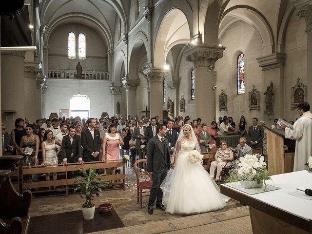 Le mariage de Thomas et Marion à Milhaud, Gard 36
