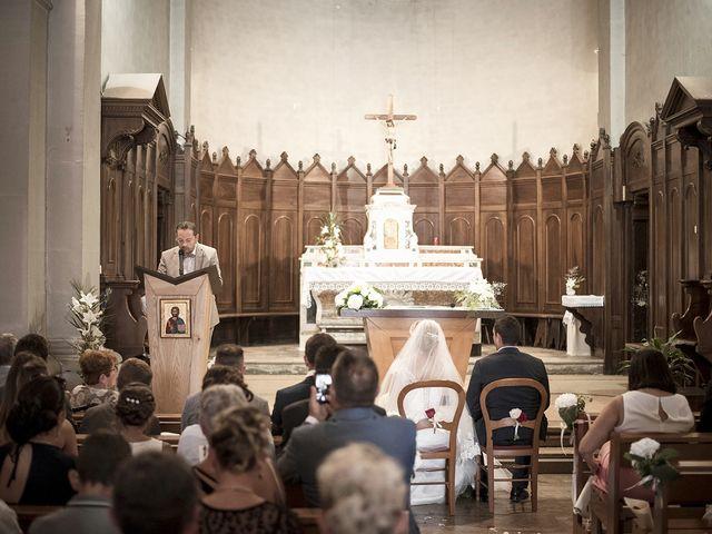 Le mariage de Thomas et Marion à Milhaud, Gard 37