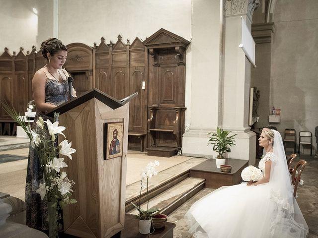 Le mariage de Thomas et Marion à Milhaud, Gard 43