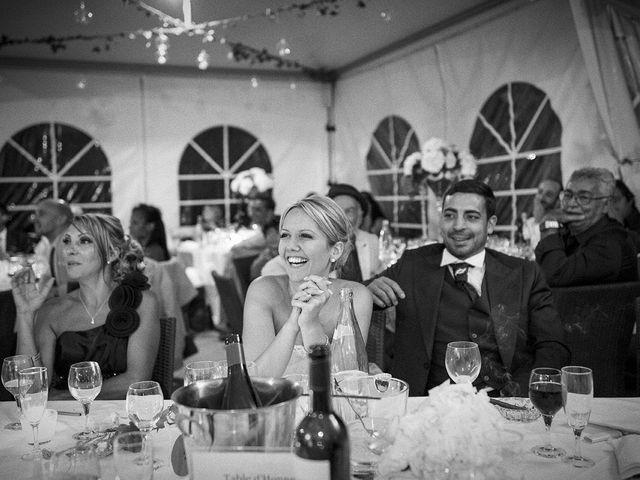 Le mariage de Thomas et Marion à Milhaud, Gard 69
