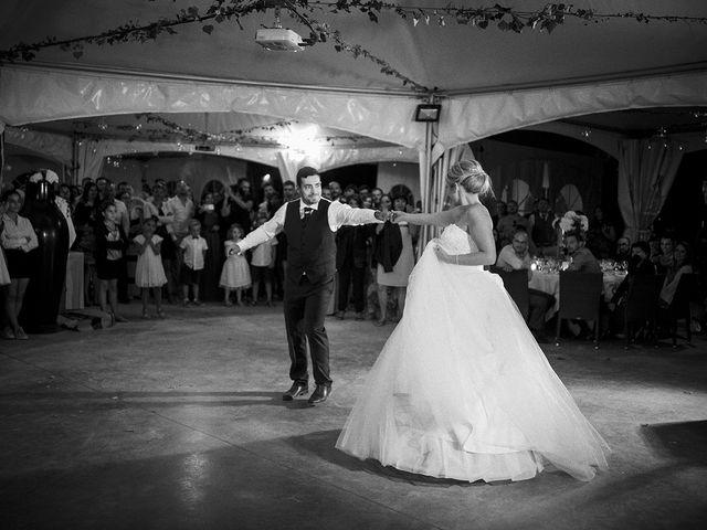 Le mariage de Thomas et Marion à Milhaud, Gard 71