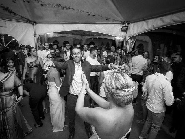 Le mariage de Thomas et Marion à Milhaud, Gard 77