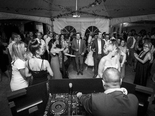 Le mariage de Thomas et Marion à Milhaud, Gard 78