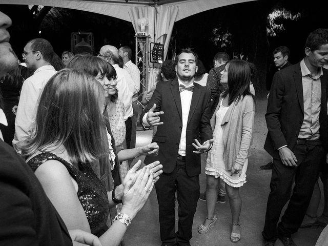 Le mariage de Thomas et Marion à Milhaud, Gard 79