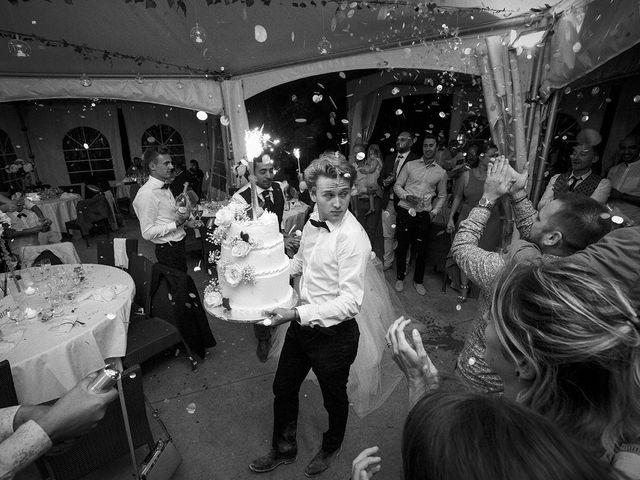 Le mariage de Thomas et Marion à Milhaud, Gard 84