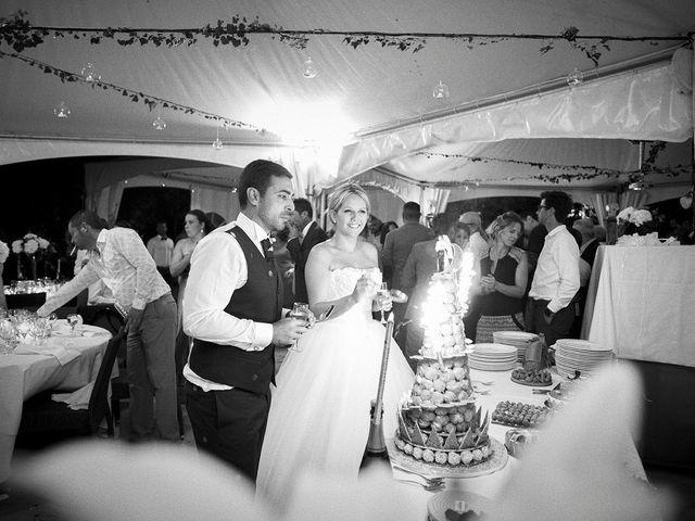 Le mariage de Thomas et Marion à Milhaud, Gard 85