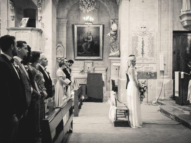 Le mariage de Loïc et Jade à Les Baux-de-Provence, Bouches-du-Rhône 24