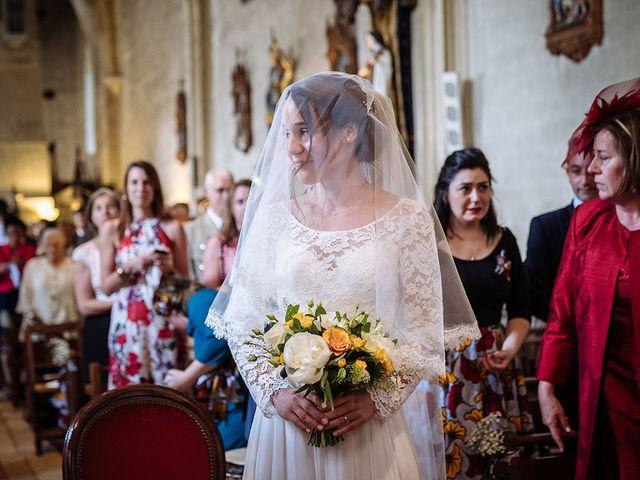 Le mariage de Ananivi et Marie-Caroline à Chaunay, Vienne 23