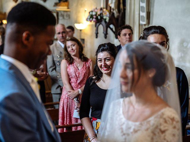 Le mariage de Ananivi et Marie-Caroline à Chaunay, Vienne 26