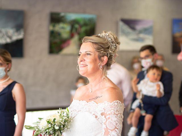 Le mariage de David et Hélène à Pont-de-l'Isère, Drôme 2
