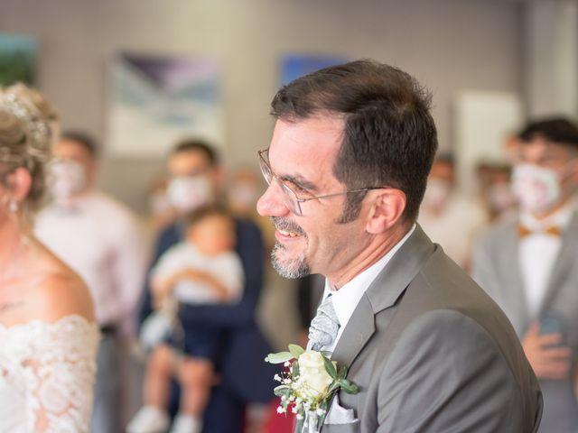 Le mariage de David et Hélène à Pont-de-l'Isère, Drôme 15