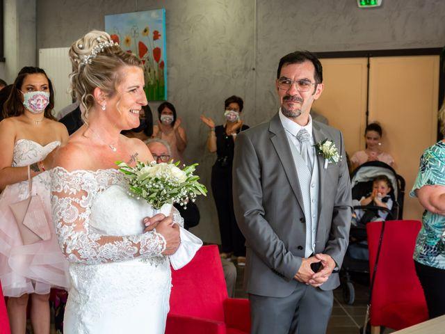 Le mariage de David et Hélène à Pont-de-l'Isère, Drôme 22