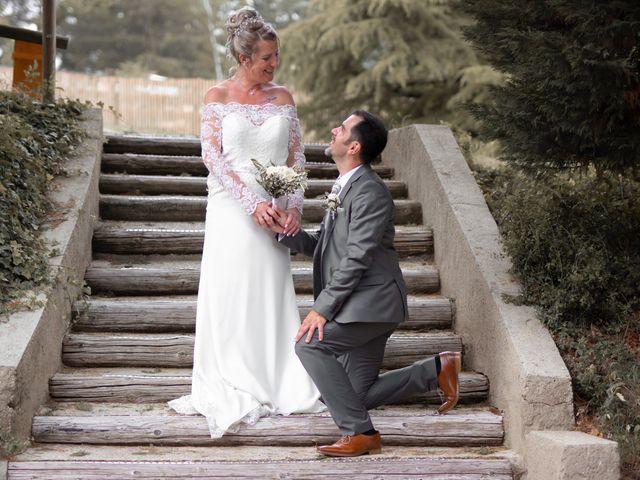 Le mariage de David et Hélène à Pont-de-l'Isère, Drôme 35