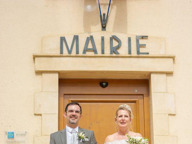 Le mariage de David et Hélène à Pont-de-l'Isère, Drôme 37