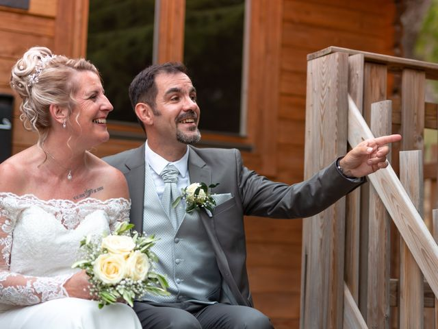 Le mariage de David et Hélène à Pont-de-l'Isère, Drôme 56