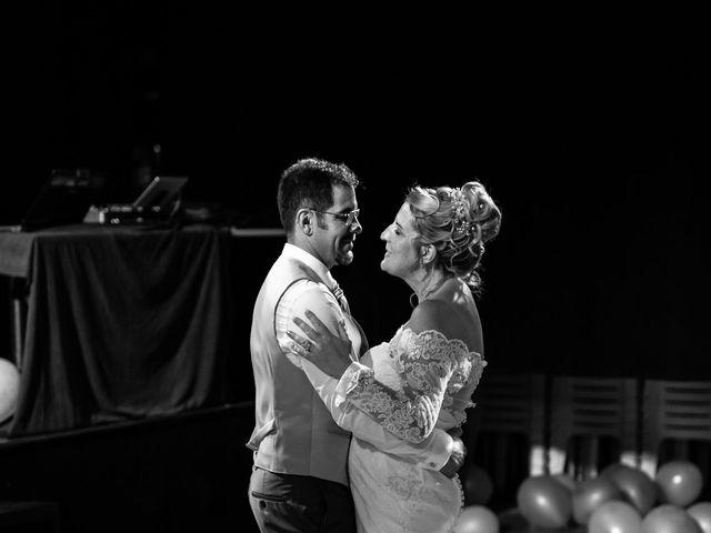 Le mariage de David et Hélène à Pont-de-l'Isère, Drôme 62