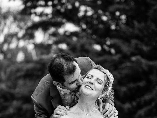 Le mariage de David et Hélène à Pont-de-l'Isère, Drôme 81