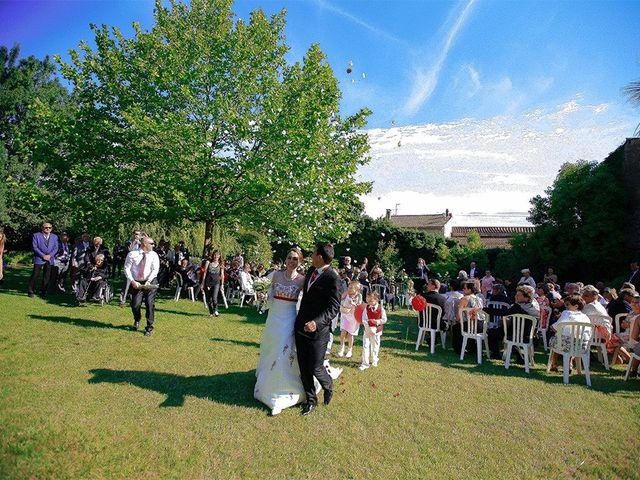 Le mariage de Alexandre et Xavière à Nîmes, Gard 24