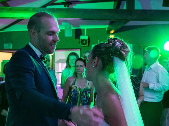 Le mariage de Jeremy et Julie à Saint-Martin-la-Plaine, Loire 11
