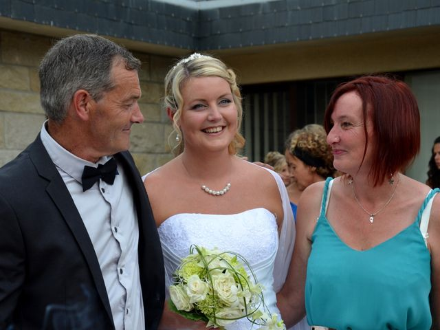 Le mariage de Cindy et Pierre Yves à Le Folgoët, Finistère 24