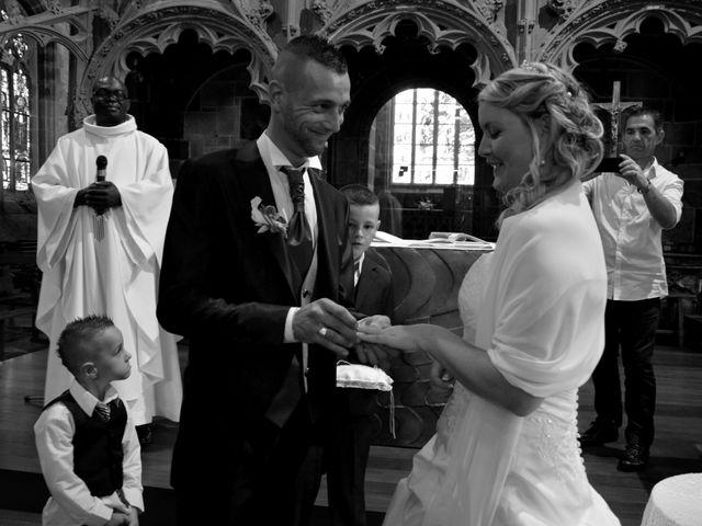Le mariage de Cindy et Pierre Yves à Le Folgoët, Finistère 33