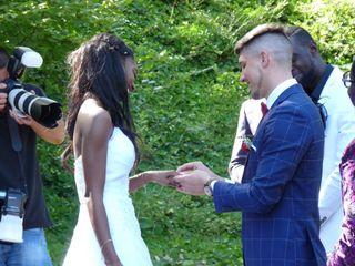 Le mariage de Cassandra  et Roger