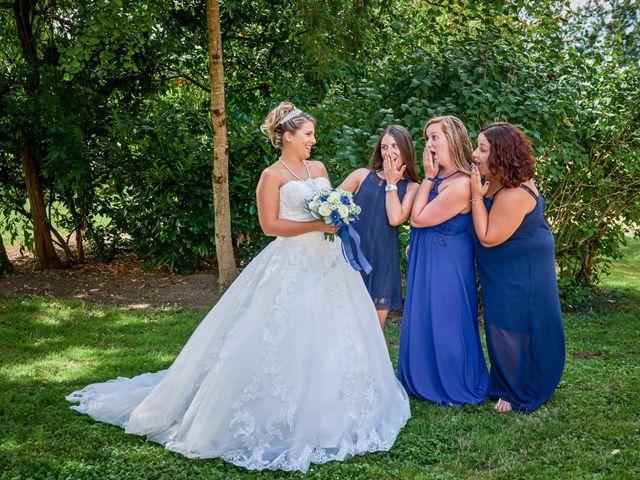 Le mariage de Mickaël et Alexia à Le Vieil-Baugé, Maine et Loire 15