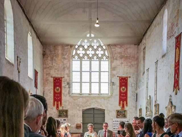 Le mariage de Mickaël et Alexia à Le Vieil-Baugé, Maine et Loire 18