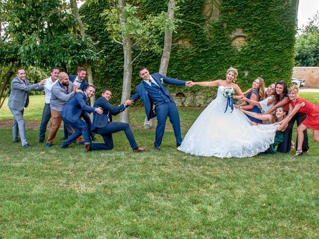 Le mariage de Mickaël et Alexia à Le Vieil-Baugé, Maine et Loire 31