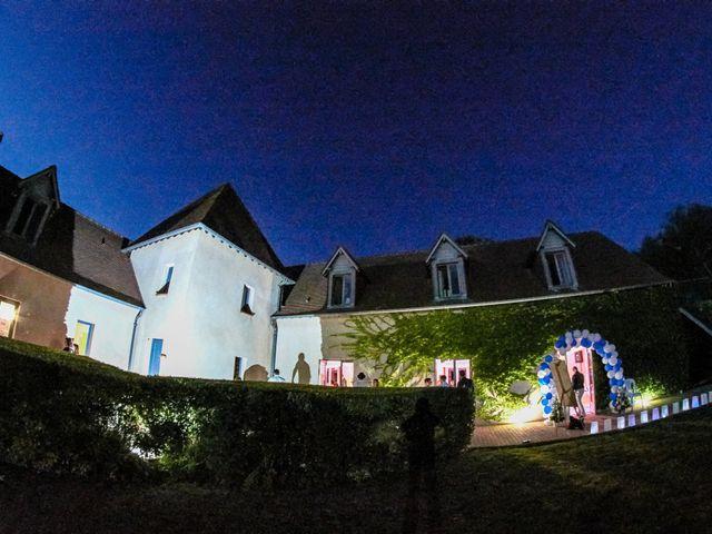 Le mariage de Mickaël et Alexia à Le Vieil-Baugé, Maine et Loire 53