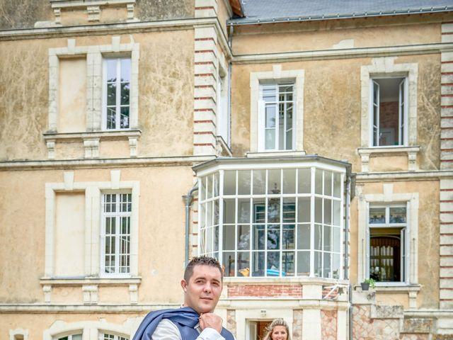 Le mariage de Mickaël et Alexia à Le Vieil-Baugé, Maine et Loire 64