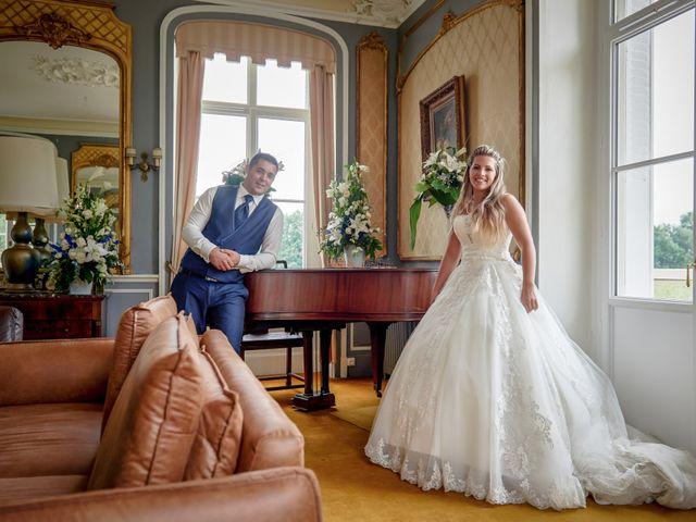 Le mariage de Mickaël et Alexia à Le Vieil-Baugé, Maine et Loire 69