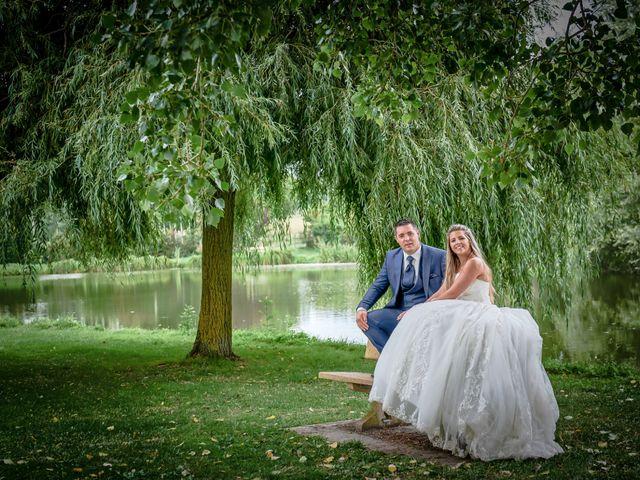 Le mariage de Mickaël et Alexia à Le Vieil-Baugé, Maine et Loire 75