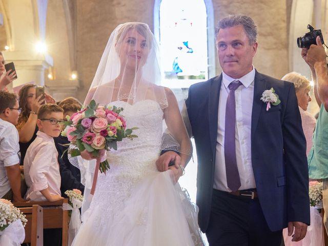 Le mariage de David et Angie à Changé, Sarthe 13