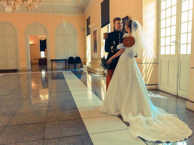 Le mariage de Maximilien et Yuliana à Nîmes, Gard 14