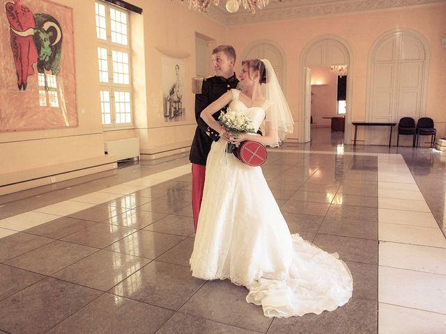 Le mariage de Maximilien et Yuliana à Nîmes, Gard 10