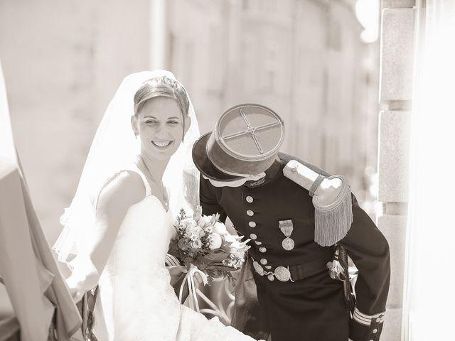 Le mariage de Maximilien et Yuliana à Nîmes, Gard 15