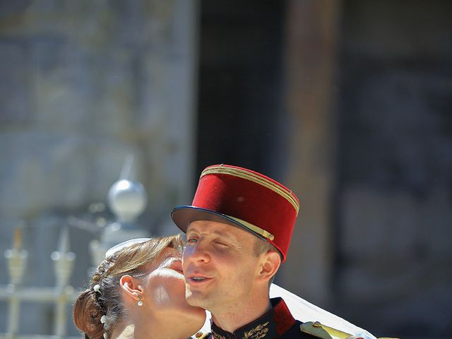 Le mariage de Maximilien et Yuliana à Nîmes, Gard 19