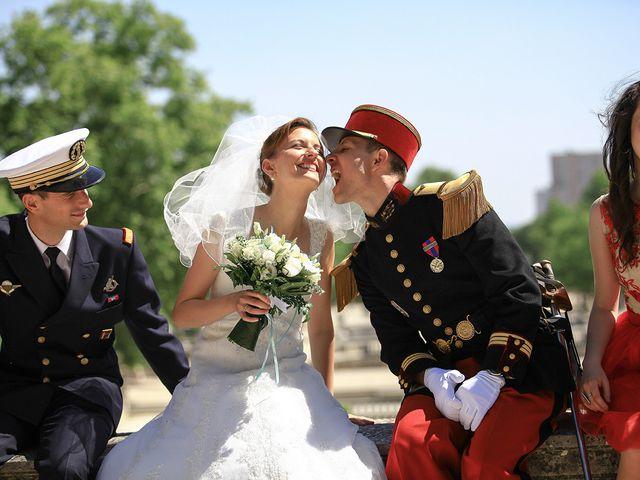 Le mariage de Maximilien et Yuliana à Nîmes, Gard 34