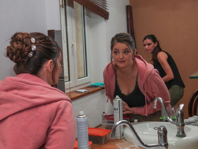 Le mariage de Benoit et Emilie à Bellegarde, Gard 9