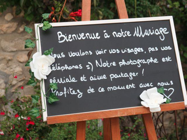 Le mariage de Benoit et Emilie à Bellegarde, Gard 63