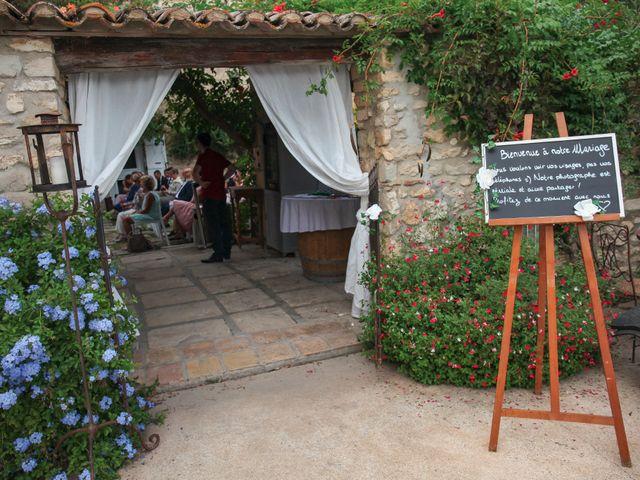 Le mariage de Benoit et Emilie à Bellegarde, Gard 64